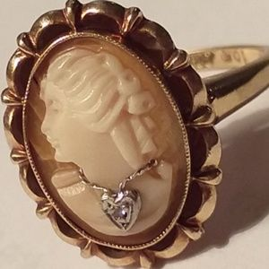 Vintage 10k gold cameo w/diamond necklace ring, 6